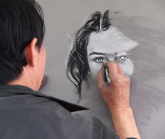 الرسم بالرصاص