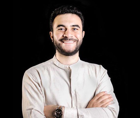 مبادرة مهندس إسلام خالد لدعم التعليم عن بٌعد